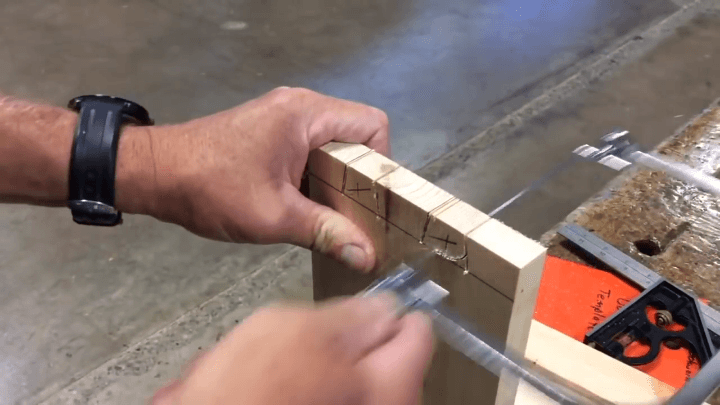 coping-saw-dovetail